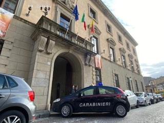 Terremoto al Comune di Catanzaro: 29 consiglieri indagati, false riunioni per i gettoni di presenza