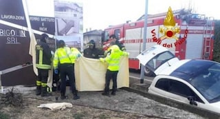 Treviso, perde il controllo dell'auto e travolge un ciclista: 56enne muore sul colpo