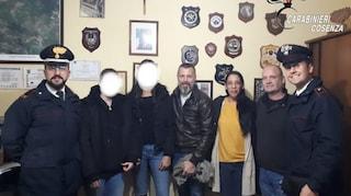 Fuga d'amore dalla Francia sull'auto della nonna: due 14enni ritrovate in Calabria senza benzina