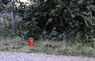 """Bolzano, l'ultimo addio al neonato abbandonato nei campi dalla madre: """"Non possiamo giudicare"""""""