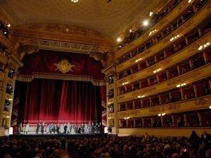 La stagione 2019–2020 del Teatro alla Scala di Milano inaugurerà sabato 7 dicembre con la Tosca di Giacomo Puccini.