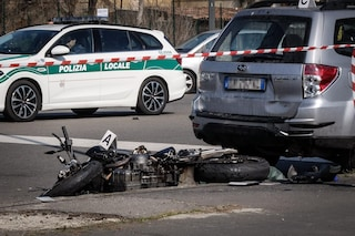 Venezia, scontro tra scooter e auto: 24enne muore sotto gli occhi del fidanzato