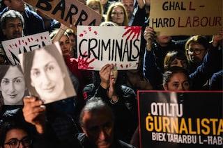 Malta, manifestanti assediano il Parlamento bloccando i deputati all'interno