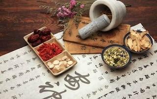 Si affidano alla medicina cinese per curare il figlio diabetico, bimbo muore a 6 anni