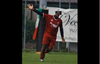 Verona, frasi razziste a un calciatore di 17 anni. La sua squadra si vestirà di nero