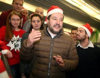 """Salvini e la fake news su presepe proibito a scuola. La dirigente: """"Polemica è un danno per allievi"""""""