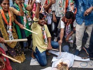 Le proteste contro la violenza sulle donne in India