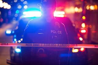 Seattle, sparatoria davanti al McDonald's: un morto, grave un bimbo