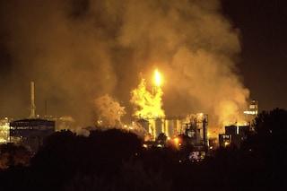 Esplosione Tarragona, pezzo del reattore vola per 3km, distrugge casa e uccide un uomo