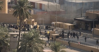 Uccisione di Soelimani, ambasciata Usa ordina ai cittadini americani di lasciare l'Iraq