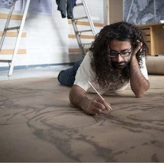 Dante Alighieri, la Divina Commedia più lunga del mondo su un foglio di 100 metri