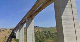 """Viadotto Cerrano A14, divieto totale di transito ai mezzi pesanti: """"Pile spostate di 7 cm"""""""