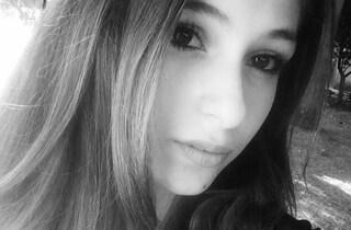 """Reggio Calabria in lutto per la morte di Angela, uccisa a 17 anni dalla meningite: """"Buon viaggio"""""""