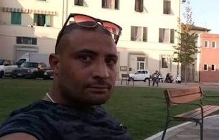 Morto a 32 anni durante un fermo di polizia: indagati per omicidio cinque agenti e due sanitari