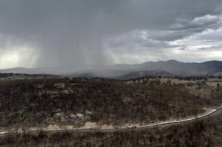 Bomba d'acqua sull'Australia: la pioggia dà una tregua dagli incendi, ma è allarme inondazioni