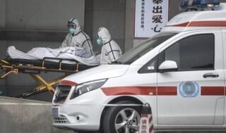 Il virus misterioso fa la terza vittima in Cina, ora sono centinaia i casi accertati: è allarme