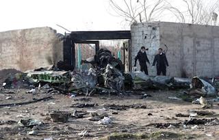 Aereo ucraino precipitato, è giallo: per l'Iran non è stato colpito da nessun missile