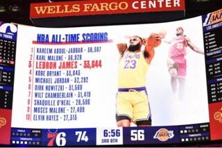 """Kobe Bryant, l'ultimo messaggio era un omaggio al """"Re"""" LeBron James"""