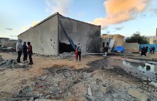 """Libia, decine di morti nell'attacco ad Accademia militare. Haftar rivendica raid: """"Erano miliziani"""""""