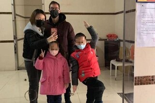 """Coronavirus, la storia di Lorenzo: """"Resto a Wuhan con i miei figli, diamo coraggio ai cinesi"""""""