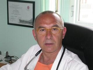 Cuneo, denunciato primario: 300 visite mediche in nero mentre risultava in ospedale