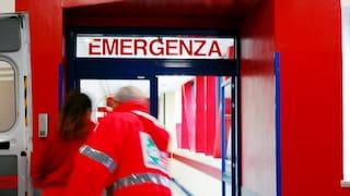Ospedali pieni, mamma Antonella attende 11 ore per un posto letto a Barletta dove muore per covid
