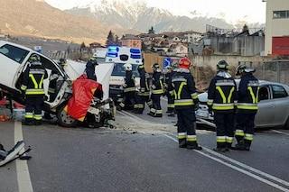 Incidente Taio, scontro frontale tra auto: Daniele muore a 35 anni, due i feriti