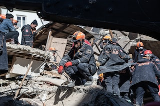 Terremoto in Turchia, continua a salire il bilancio delle vittime: e la terra trema ancora