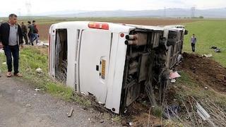 Iran senza pace, autobus si schianta vicino Teheran: 20 morti e moltissimi feriti