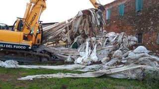 Verona, otto discariche abusive con rifiuti speciali tra campi coltivati e falde acquifere