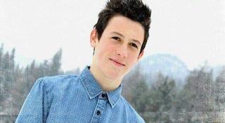 """Morto a 17 anni, la mamma di Marco Cestaro: """"Torturato dal branco, chi sa parli"""""""