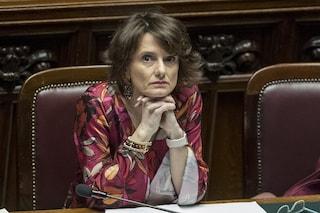 """L'annuncio del ministro Bonetti: """"Da gennaio 2021 arriva l'assegno universale per ogni figlio"""""""