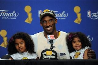 Kobe Bryant ricordato dai papà di tutto il mondo: l'hashtag #GirlDad diventa virale
