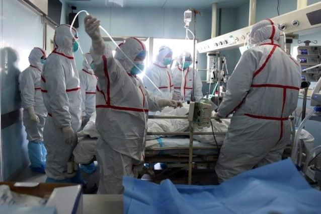 Coronavirus, il professore Galli: 'L'epidemia partita in ospedale, ecco perché tanti casi'