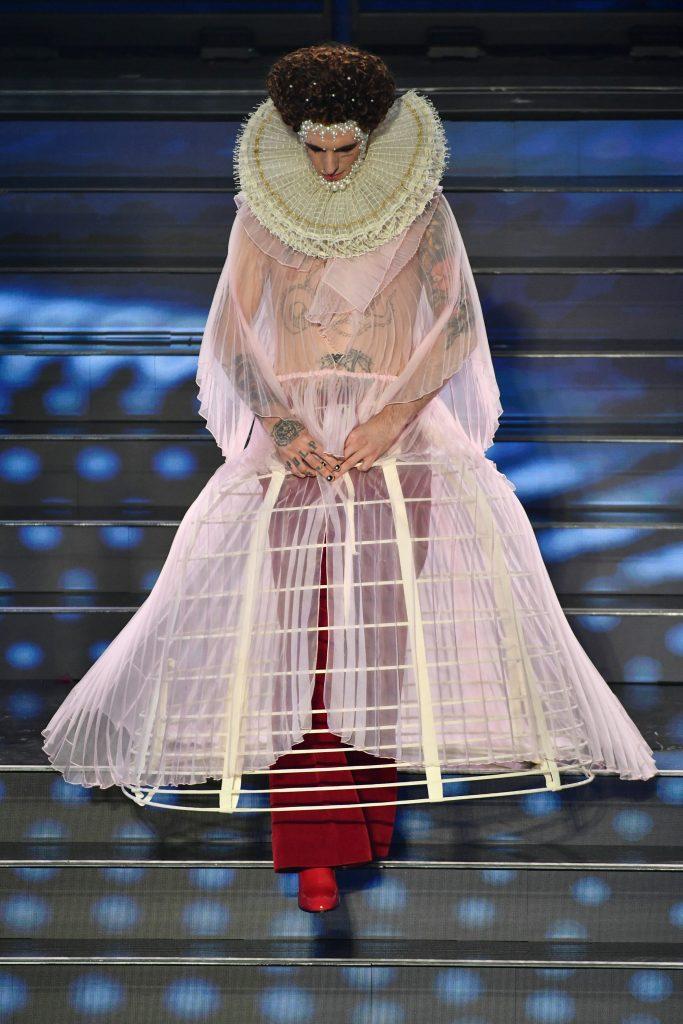 Achille Lauro nella finale di Sanremo 2020