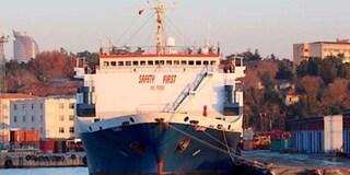 Genova, il comandante di una nave indagato per traffico di armi dalla Turchia alla Libia