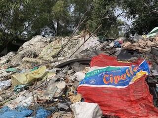 Migliaia di tonnellate di rifiuti italiani spediti in Malesia: Greenpeace scopre traffico illegale