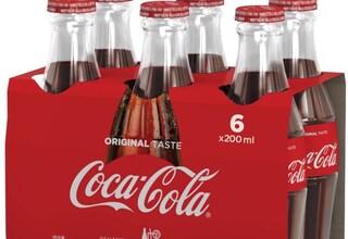 Coca Cola ritirata dal mercato: presenza di vetro nelle bottiglie, tutti i lotti interessati