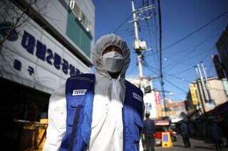 Coronavirus, i morti sono 811 e superano quelli della Sars. I contagi raggiungono quota 35mila