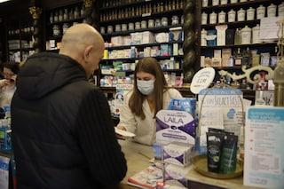 Coronavirus, gli italiani hanno sempre più paura: scende di venti punti la fiducia nel governo