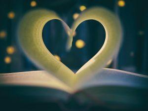 San Valentino: 7 libri da regalare per la festa degli innamorati.