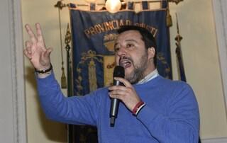 """Coronavirus, Salvini: """"Blindiamo e sigilliamo i confini. Pretendo di sapere chi entra in Italia"""""""