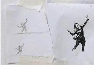 """Murales di San Valentino sfregiato, Banksy ribatte: """"Quasi contento. Meglio lo schizzo iniziale"""""""