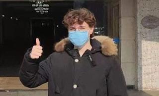 Coronavirus, Niccolò ha superato i controlli medici: il 17enne può tornare in Italia