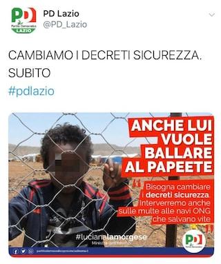 Il bimbo migrante che vuole ballare al Papeete: polemica sul manifesto del Pd Lazio