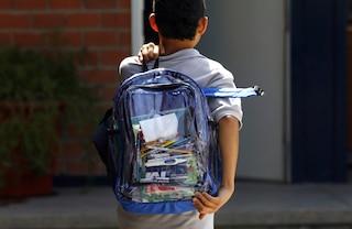 Catania, 15enne lavora per 2 euro all'ora invece di andare a scuola: denunciata la mamma