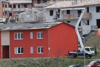 Si stacca tetto studentato di Camerino: era stato realizzato con fondi terremoto e operai in nero