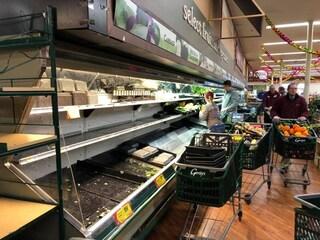 USA. Entra in un supermercato e tossisce sui prodotti: buttati oltre 30mila euro di cibo