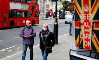 Sale l'allerta da Coronavirus in Gran Bretagna: impennata di casi nelle ultime 24 ore, più 115 morti