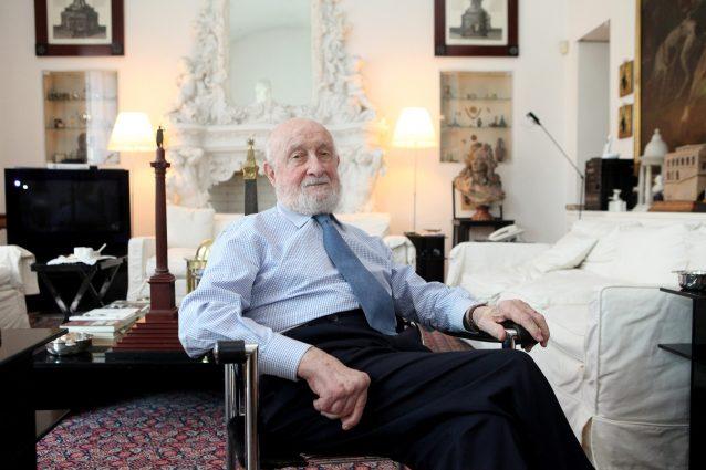 Coronavirus, morto a 92 anni l'architetto Vittorio Gregotti: progettò lo stadio di Genova e lo Zen